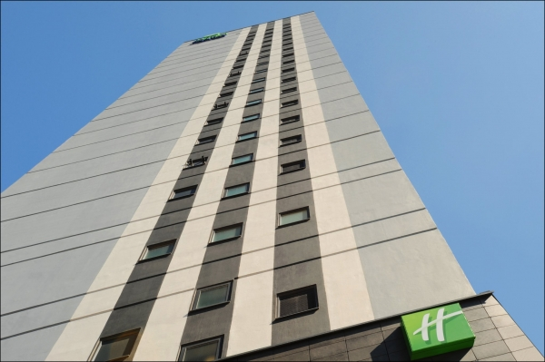 Holiday Inn Express, Snow Hill